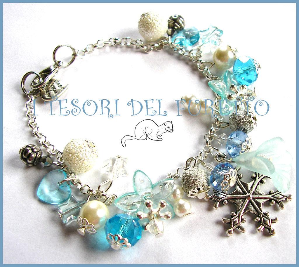"""Bracciale Natale """"Neve e Ghiaccio"""" fiocco di neve bianco azzurro perle elegante idea regalo 2014"""