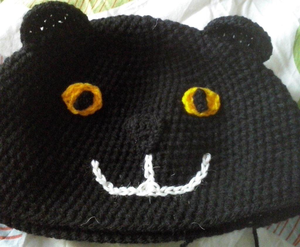 Cappello a forma di gatto