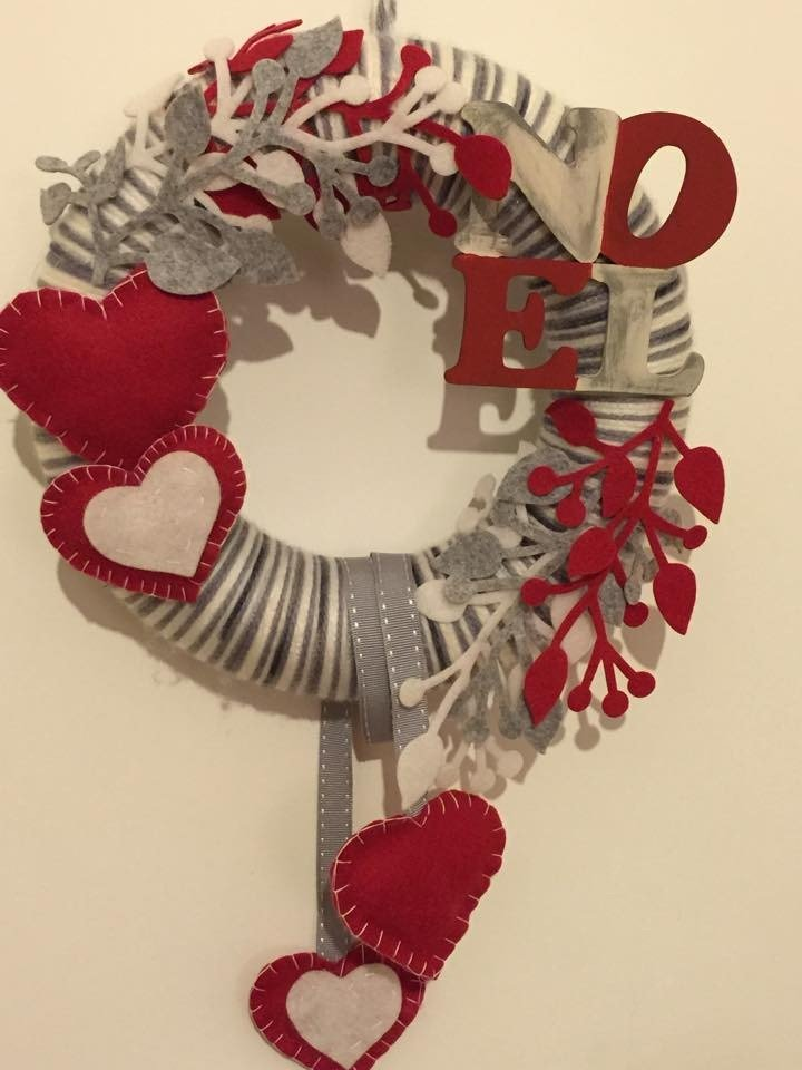 Ghirlanda shabby noel rossa e bianca cuori imbottiti e - Ghirlande per porte natalizie ...