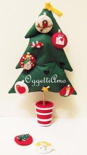 'Albero di Natale in feltro con decorazioni in feltro rosse e bianche: addobbo, gioco, decorazione per il tuo Natale!