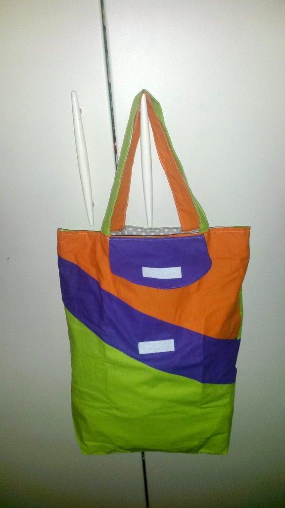 borsa shopper richiudibile multicolore geometrica