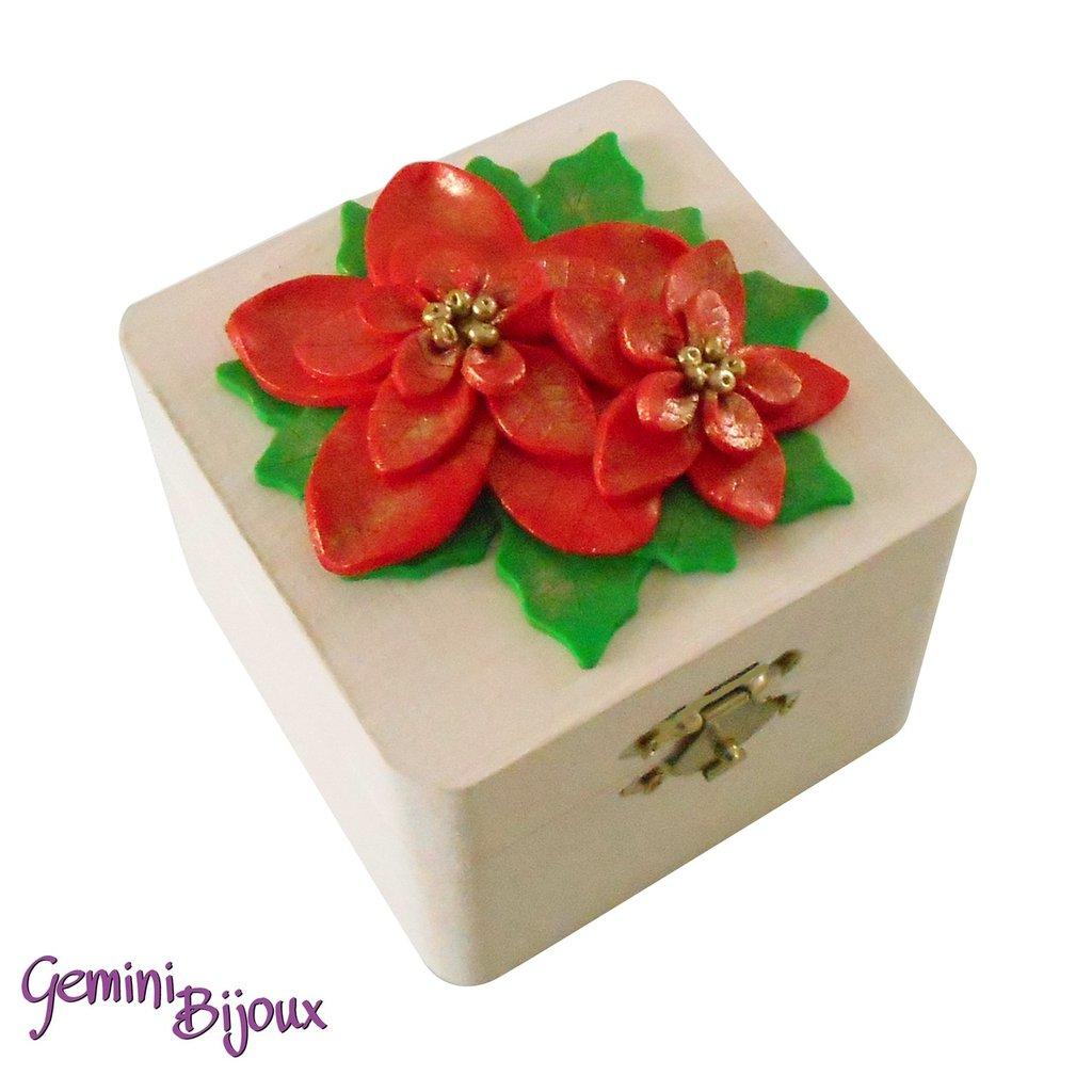 """Bauletto in legno avorio decorato in fimo """"Stelle di Natale"""""""