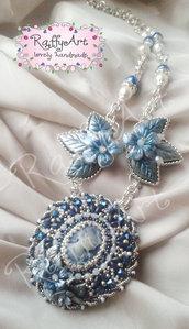 """Collana-spilla """"Portrait with flowers"""" (abbinabile con orecchini ed anello)"""