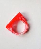 anello in resina effetto marmo