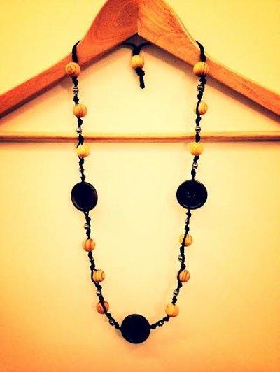 Collana artigianale in legno (Bottoni Marroni)