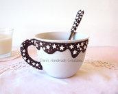 Set per colazione : tazza e cucchiaino con decorazione pan di stelle in fimo