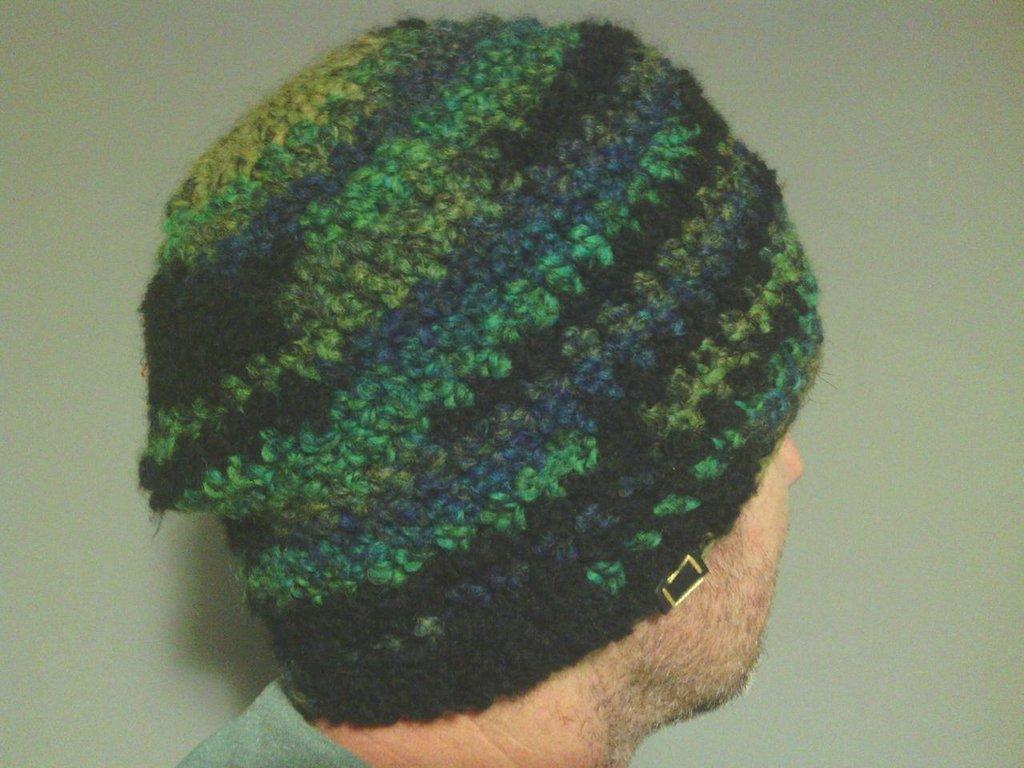 Cappelo in lana, uomo donna, fatto a mano all'uncinetto C088