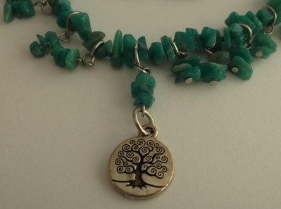 Collana di amazzonite, piccoli pendenti e pendente argentato