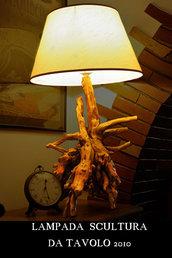 Lampada artistica in radice di legno