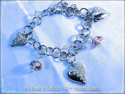 Bracciale con cristallo e charms cuore - Rosa