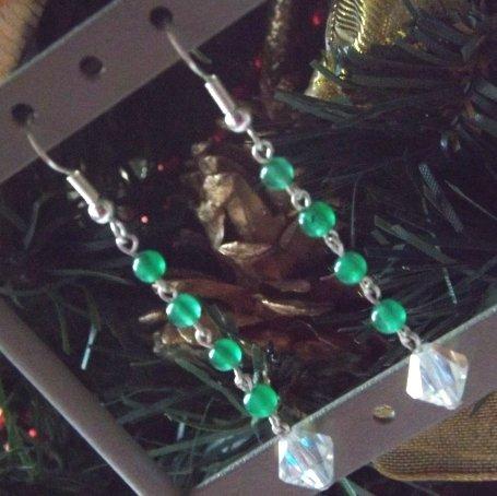 Orecchini con agata verde e cristallo swarovski trasparente  idea regalo Natale