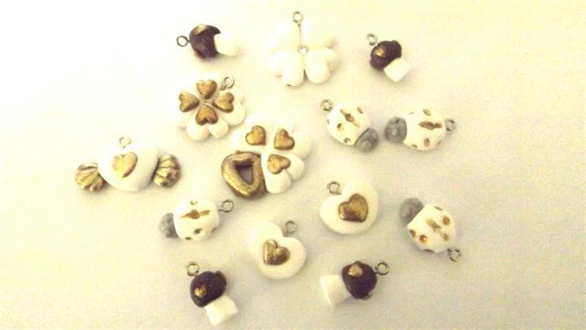 BOMBONIERE bianco - Un ciondolo a scelta  - per matrimonio, laurea, compleanno, idea regalo - tecnica antichizzata con foglia oro