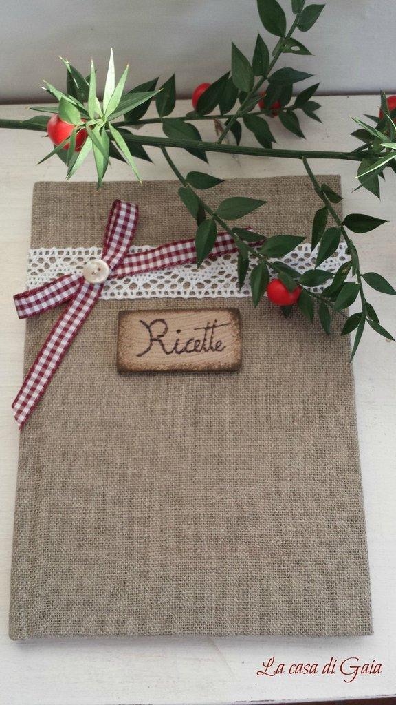 Quaderno rivestito in lino grezzo con etichetta personalizzabile