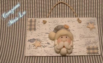 Targhetta Christmas Shabby con Babbo Natale deco in pasta di mais