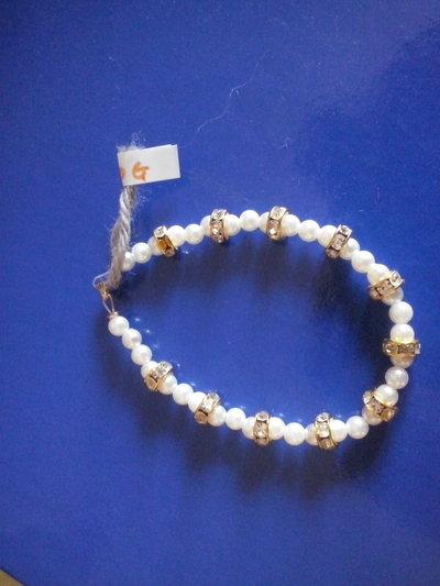 Braccialetto con perle e diamantini
