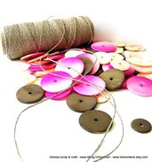 """Kit """"Sorbetto"""" per collane con madreperla e filato di puro lino"""