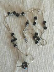 Collana lunga con pietra centrale in argilla indonesiana e vetro di Boemia