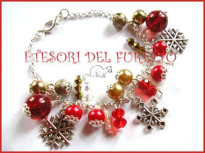 """Bracciale Natale """"Fiocchi di neve rosso oro"""" perle charm elegante idea regalo per lei bijoux natalizi"""