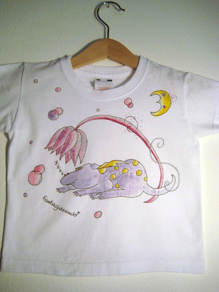 "t-shirt manica corta cotone ""dormirosa"" dipinta a mano"