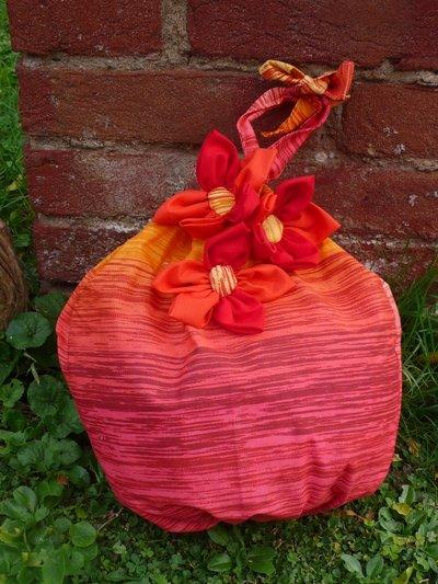 Porta sacchetti per la casa e per te decorare casa di l 39 angol su misshobby - Porta sacchetti ...