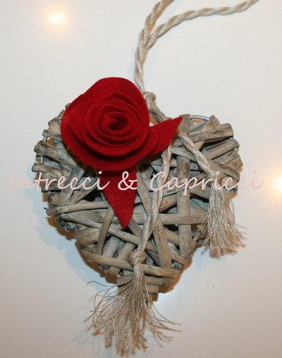 Rif.012 - Cuori decorativi in legno