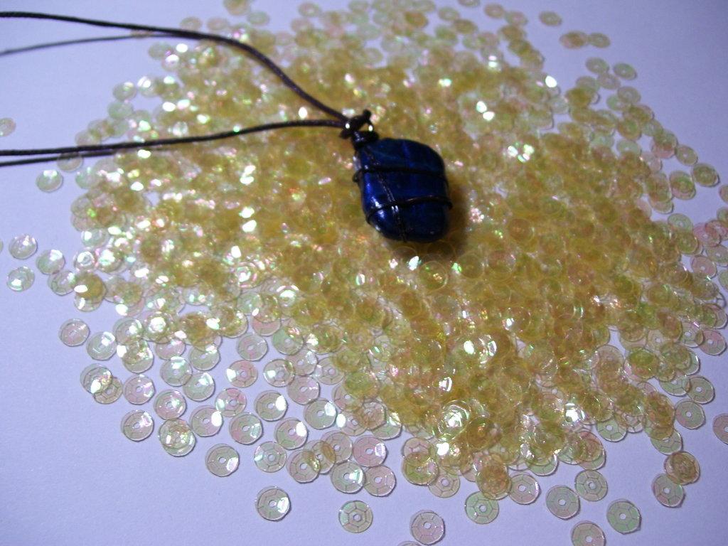 Collana pietra blu