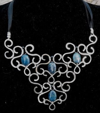 Collana rigida argento indiano e pietre