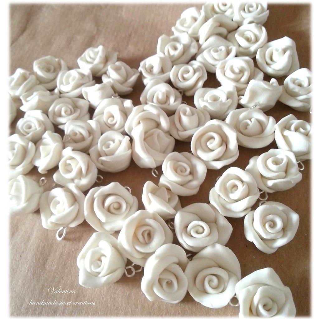 Ben noto Set 50 rose color bianco Segnaposto charm chiudisacchetto  LU88