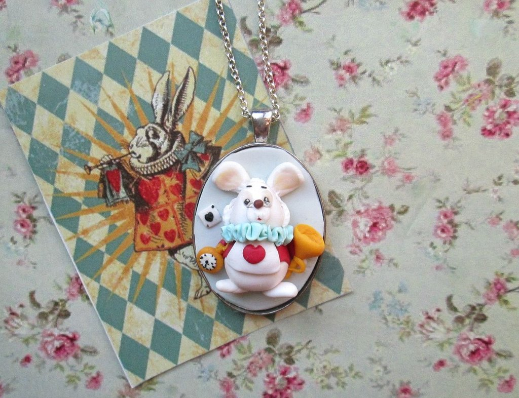necklace alice in wonderland,white rabbit