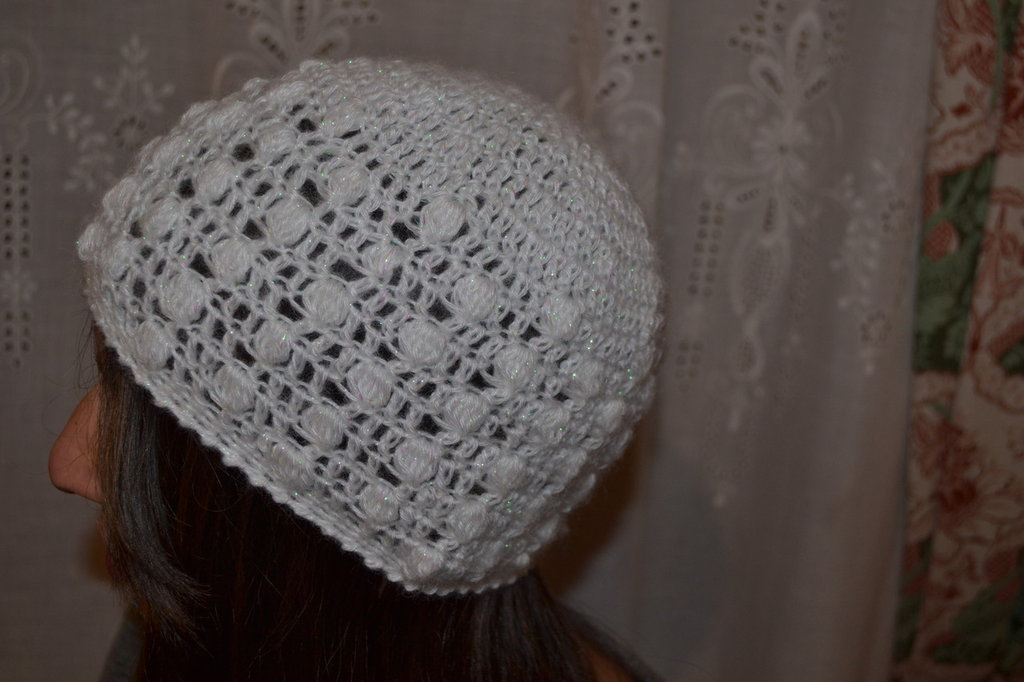 Cappellino in lana 100%