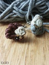 anello all'uncinetto perline, stoffa & bottoni