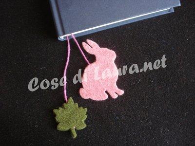 Segnalibro coniglio e foglia