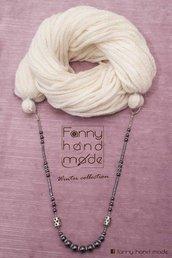 Sciarpa - scaldacollo - collana di lana bianca. Tre in uno