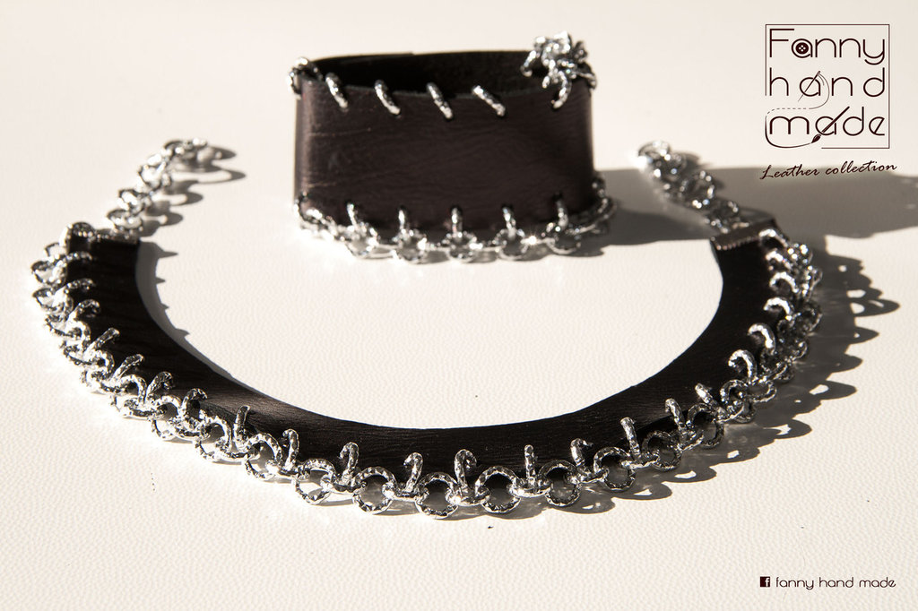 Collana girocollo in pelle con catena e bracciale abbinato