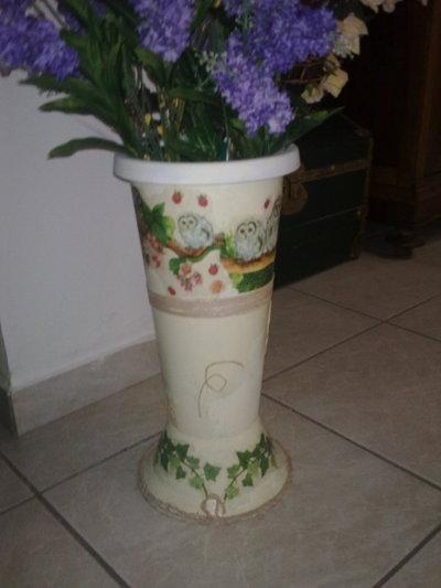 porta ombrelli o vaso con gufi e civette,completamente decorato a mano, tecnica decoupage e corda