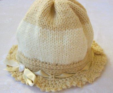 Cappellino bimba in Lana Beige e Panna