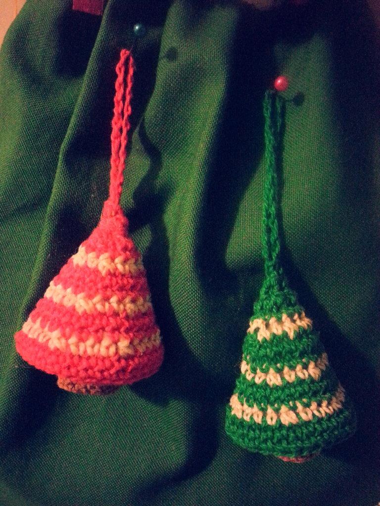 Addobbo natalizio alberello amigurumi fatto a mano