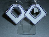 orecchini pendenti geometrico in leggera plastica con swarovski