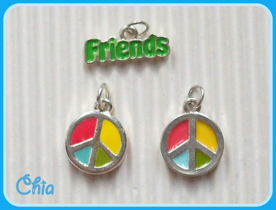 OFFERTA set 3 charms pace & friends smaltati