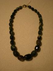 elegante collana realizzata con diaspro marino naturale.