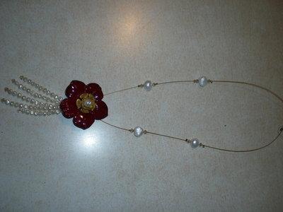 Leggiadra collana in perle di fiume  resina e Swarovski