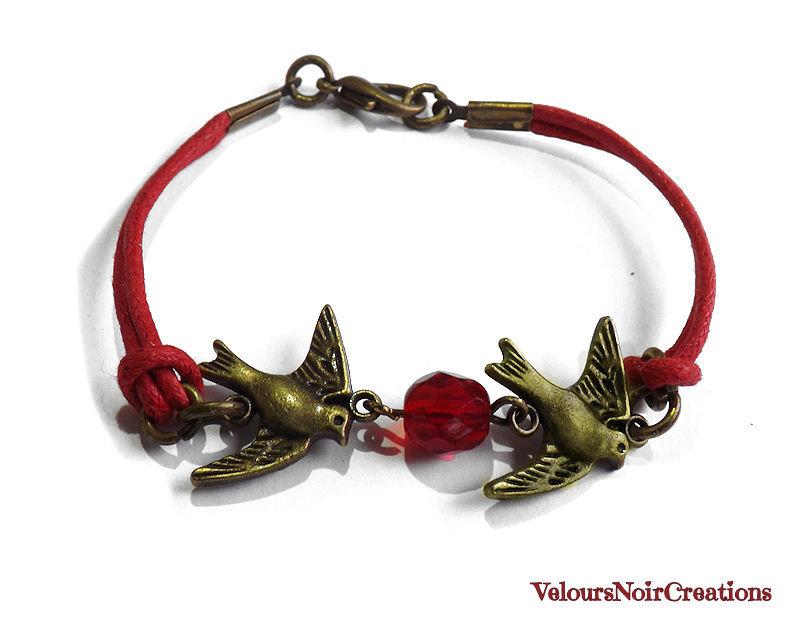 Bracciale con rondini in bronzo cordino e cristallo rosso