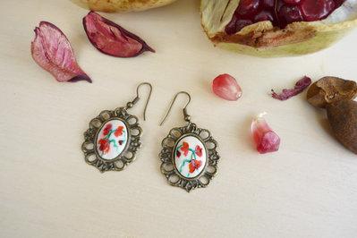 orecchini in bronzo anticato con rose rosse vintage style