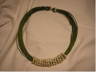 Cerchi di perle filo verde