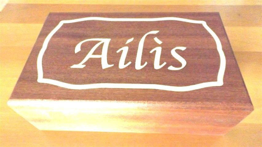 INSERZIONE RISERVATA - scatola in legno - due scomparti
