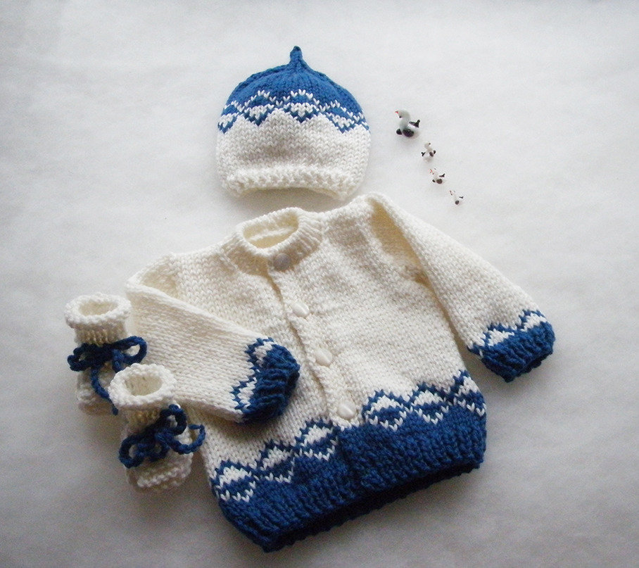 Abbigliamento neonato 0-3 mesi / Completino neonato 0-3 mesi/ cappellino / golfino / scarpette / abbigliamento bambino / regalo nascita / bianco e blu