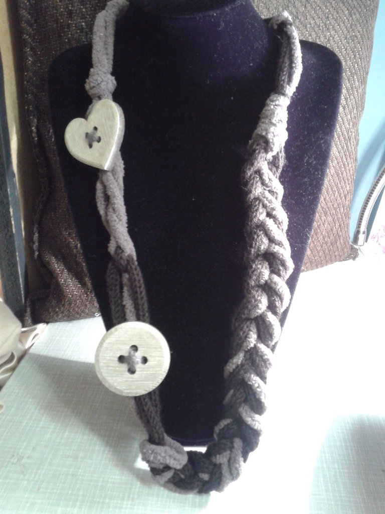 collana lana e ciniglia