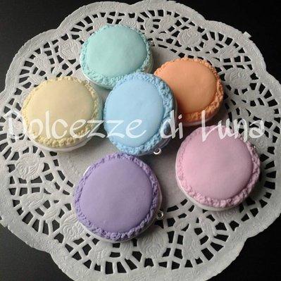 1 pz ciondolo macaron misura reale ( 4 cm) per collana o portachiavi colore a scelta