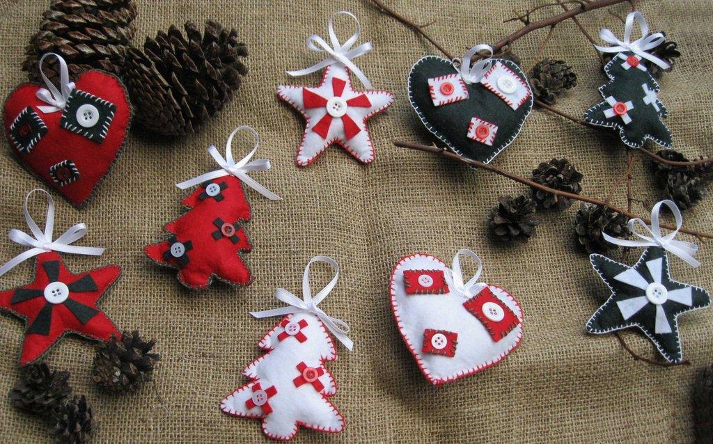 Set di 3 addobbi natalizi in pannolenci fatti a mano