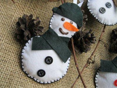 Set di 4 addobbi natalizi in pannolenci fatti a mano